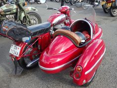 Jawa with Velorex sidecar (Czechoslovakia) Side Car, Red Motorcycle, Best Vibrators, Vintage Bikes, Back Seat, Motorbikes, Cars Motorcycles, Bicycle, Simply Red