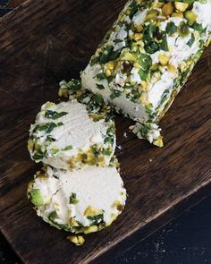 This vegan cheese log is high in protein, full of good fats, and can be rolled in any mix of herbs, nuts, or dried fruit. It tastes very similar to a dairy cheese log made with goat's cheese. Vegan Cheese Recipes, Vegan Foods, Vegan Dishes, Raw Food Recipes, Cooking Recipes, Healthy Recipes, Vegan Blue Cheese Recipe, Pine Nut Recipes, Vegan Cream Cheese