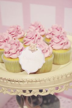 shabby chic vintage tea party cupcakes