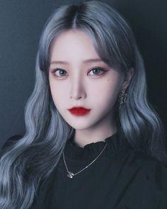 Cute Emo Girls, Pretty Korean Girls, Cute Korean Girl, Asian Girl, Kpop Hair Color, Pelo Color Azul, Ideal Girl, Photographie Portrait Inspiration, Ulzzang Korean Girl