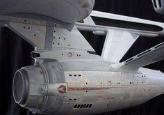 Star Trek Models, Sci Fi Models, Vaisseau Star Trek, Dune Frank Herbert, Sf Movies, Star Trek Cosplay, Star Trek Starships, Star Trek Original, Starship Enterprise