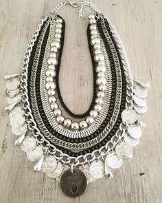 Pechera Made With Love Old Jewelry, Stylish Jewelry, Tribal Jewelry, Bohemian Jewelry, Wire Jewelry, Jewelry Art, Antique Jewelry, Jewelery, Indian Jewelry