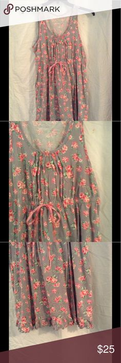 Cacique Nightgown Size 14/16 This is adorable. It was worn 1 time. Washes up very well. All my items come from a smoke and pet free home. Cacique Intimates & Sleepwear Pajamas