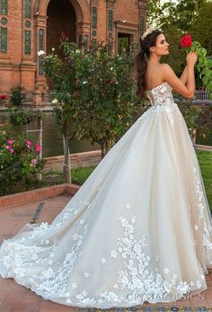 crystal design 2017 bridal strapless sweetheart neckline heavily embellished bodice princess ball gown wedding dress corset strap back chapel train (andie) bv
