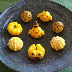 sweet potato tart for Halloween Cute Desserts, Halloween Desserts, Halloween Cookies, Japanese Sweets, Cute Food Art, Kawaii Dessert, Kawaii Halloween, Food Platters, Miniature Crafts