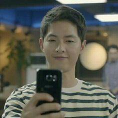 Selfie  #태양의후예 #descendantsofthesun #kbs2 #kbs2tv #k드라마 #kdrama #송중기 #songjoongki #yooshijin