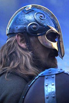 More artistic viking helmet