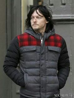 Norman Reedus, NYC 11/25/14 -- Oooh, his hair's darker and getting LONG!