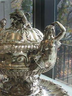 Southern Folk Artist & Antiques Dealer/Collector: Campbell Collection of Soup Tureens at Winterthur Vintage Silver, Antique Silver, Antique Jewelry, Art Nouveau, La Danse Macabre, Winterthur, Bronze, Vintage Antiques, Antique Decor