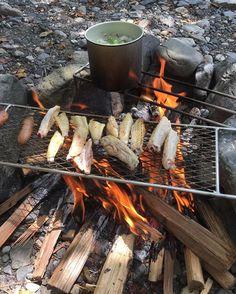 おはようございます ロストルエキスパンドを使って朝食作り❗️表面こんがり、中はジューシーに焼けました  #ソロキャンプ#十津川#ロストルエ…