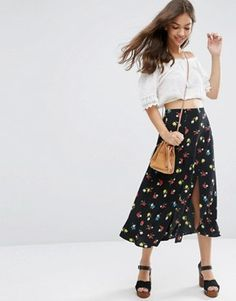 Discover midi skirts with ASOS. Buy from a range of pleated, A-line skirts, calf length skirts and other midi skirt styles. Shop today at ASOS. Asos, Bohemian Style, Boho Chic, Boho Fashion, Fashion Beauty, Calf Length Skirts, A Line Skirts, Jeans, Fashion Online