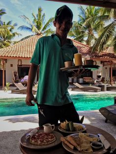 Enjoy a complementary breakfast, served with a smile.