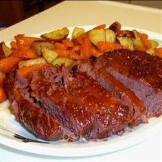 This apricot sweet sauce really brings out the flavor in corned beef. It is great to serve the sauce over cooked carrots also!