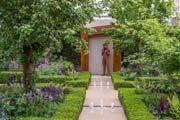 'Trust' Bronze sculpture in Chris Beardshaw's garden at RHS Chelsea Flower Show 2015