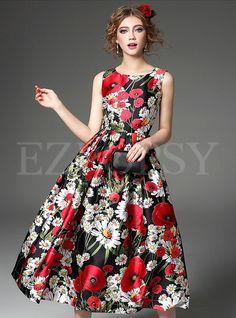 New Fashion Women Summer Dress 2016 Runway European Designer Print Sleeveless dress – Fashion Medium Floral Fashion, Fashion Dresses, European Fashion, European Style, Day Dresses, Floral Dresses, Summer Dresses For Women, Fit Flare Dress, Pretty Outfits