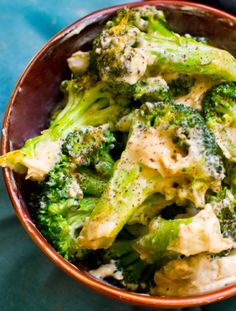 Two-Ingredient Creamy Garlic Broccoli makes 4 cups broccoli  3 1/2 cups broccoli florets 1/2 cup creamy garlic hummus black pepper + lemon juice to taste  Directions:  1. Steam, boil, roast or grill your broccoli florets. 2. Toss the warm florets in the hummus — coating it as you would pasta with pasta sauce.    http://www.babble.com/best-recipes/two-ingredient-creamy-garlic-broccoli/