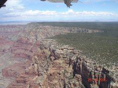 18-09-2015 - Damos un salto al charco para sobrevolar el Gran Cañón gracias a la foto de nuestra viajera Graciela Amaro. ¡Qué vistas! Grand Canyon, Nature, Travel, Thanks, Naturaleza, Viajes, Destinations, Grand Canyon National Park, Traveling