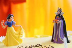 snow white cake decoration