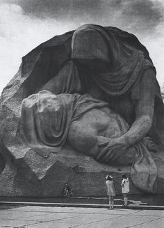 """Mourning Mothers"" sculpture at Mamayev Kurgan, Volvograd (Stalingrad), Russia [500x694]"