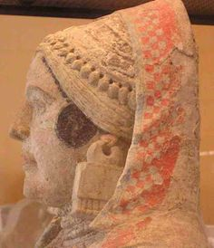 Dama de Baza,hallada en la necropolis del mismo nombre.Granada  Museo N. de Arqueologia de Madrid