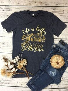 Excited to share this item from my shop: Life is Better on the Farm // Farm // Farm Girl // Country // Small Town // Farm Girl // Farm Life // Country Girl // Country Girl Shirts, Country Girl Life, Country Style Outfits, Cute N Country, Country Fashion, Western Outfits, Shirts For Girls, Farm Outfits, Country Girl Clothing