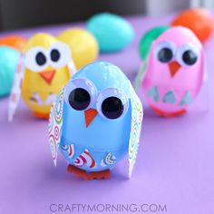 Make plastic easter egg owls and chicks! This is a fun craft for kids to make.