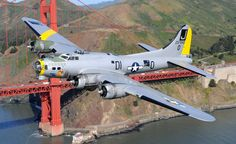 AMAZING B-17 BOMBER DOES FLYBY OVER GOLDEN GATE BRIDGE - SAN FRANCISCO - GREAT SHOT!
