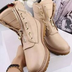 ➡️➡️➡️What about BeIGE boots?🆕🆒🆗🆙 #vices #new #coming #fall #boots #regram #shoesaddict #shoeswag #footwear #instalike #newtrend #newshoes