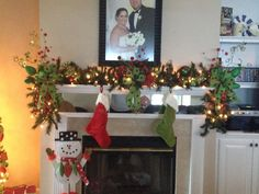 Mantle Christmas decor!