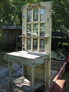 Potting Table from Old Door.Dishfunctional Designs: New Takes On Old Doors: Salvaged Doors Repurposed Outdoor Spaces, Outdoor Living, Outdoor Decor, Outdoor Buffet, Outdoor Projects, Garden Projects, Craft Projects, Salvaged Doors, Repurposed Doors