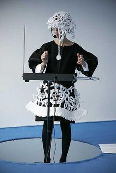 Chikako Watanabe, Tide (2007).© Gert Jan van Rooij, Museum De Paviljoens
