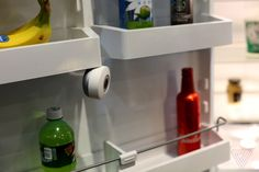 The FridgeCam takes a picture of what's in your fridge every time it is closed. It recognises barcodes, updates your inventory, and warns you when products are about to turn bad. Food Waste, What To Cook, Household, Sink, Told You So, Cooking, Climate Change, Gadget, Challenge