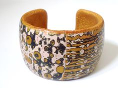 Gold Cream and Grey Elegant Cuff Bracelet in Polymer Clay by NadegeHoneyDesign on Etsy Tribal Trends, Presents For Women, Bangles Making, Different Patterns, Polymer Clay Jewelry, Bangle Bracelets, Jewelry Design, Cream, Elegant
