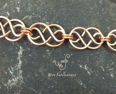 This handmade solid copper bracelet is formed from ten Celtic links chained together. Bracelet circumference is 6 - 6 when closed and fits S s. Celtic Wire Jewelry, Copper Wire Jewelry, Mixed Metal Jewelry, Copper Bracelet, Metal Bracelets, Wire Wrapped Jewelry, Wire Necklace, Wire Earrings, Couple Jewelry
