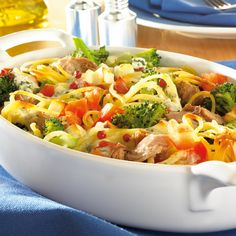 Now cook spaghetti tuna casserole in 25 and discover numerous other Weight Watchers recipes. Now cook spaghetti tuna casserole in 25 and discover numerous other Weight Watchers recipes. Tuna Casserole Recipes, Tuna Recipes, Grilling Recipes, Casserole Dishes, Healthy Recipes, Recetas Whole30, Hamburger Meat Recipes, Spaghetti Recipes, Weight Watchers Meals