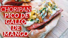 Choripan / Choriperro con Pico de Gallo de Mango. #choripan #choriperro #picodegallo #mango #salsacriolla Cheesesteak, Mango, Meat, Chicken, Ethnic Recipes, Food, Sauces, Easy Recipes, Pico De Gallo