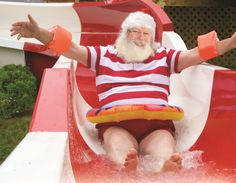 Activité à faire en Aout : Visiter le village du Père-Noël #concours Le Village, Ronald Mcdonald, Activities, Outdoor Decor, Images, Cherry Apple, Family Activities, Pageants, Children