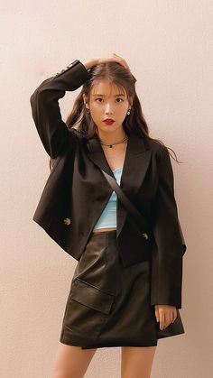 Korean Fashion Trends, Iu Fashion, Celebrity Pictures, Celebrity Style, Dramas, Princess Outfits, Just Girl Things, I Love Girls, Korean Celebrities