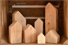 love the simplicity of these little wooden houses