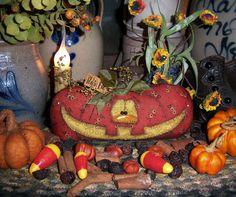 """Primitive Halloween Harvest Pumpkin 3.5"""" Fall Doll Patti's Ratties Bear Ornament"""