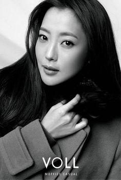 Happy birthday Kim Hee-Sun! You're 40! (Feb. 25)