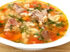 Ciorba de fasole boabe cu afumatura Soup Recipes, Cooking Recipes, European Dishes, Romanian Food, Recipe For 4, Dinner Menu, Meals For One, Soups And Stews, Yummy Food