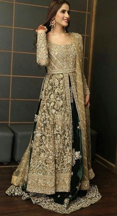 Shadi Dresses, Pakistani Formal Dresses, Pakistani Wedding Outfits, Indian Gowns Dresses, Pakistani Wedding Dresses, Indian Fashion Dresses, Pakistani Dress Design, Indian Designer Outfits, Stylish Dresses For Girls