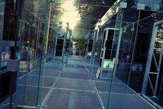 Bernard Tschumi glass Video Gallery Groningen 1990