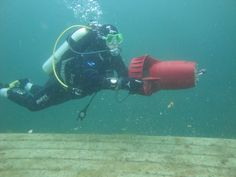 Playing with a diver propulsion unit, Gilboa, OH, May 2011