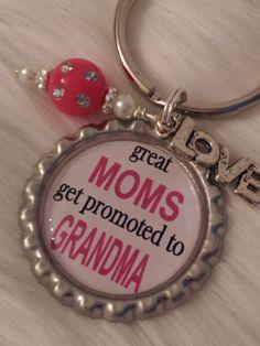 Mom keychain, Grandma keychain, Stocking Stuffer, Christmas present, Grandma-to-be on Etsy, $10.00