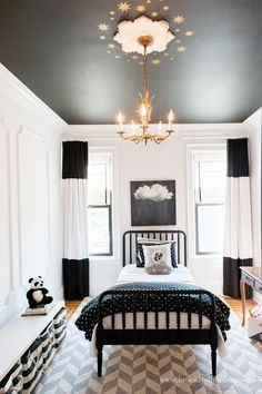 Black and White bedroom - love the black painted ceiling! Room Decor For Teen Girls, Big Girl Rooms, Girls Bedroom, Kids Rooms, Girl Decor, Trendy Bedroom, Master Bedroom, Bedroom Ceiling, Bedroom Decor