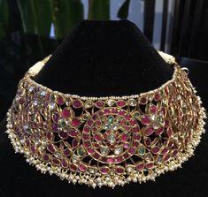 Indian Wedding Jewelry, Indian Jewelry, Bridal Jewelry, Gold Jewelry, Jewellery, Antique Necklace, Antique Jewelry, Antique Gold, Manubhai Jewellers