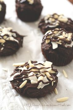 Chocolate Almond Joy Muffins - make healthy breakfast exciting again with these low carb, grain-free, sugar-free muffins.