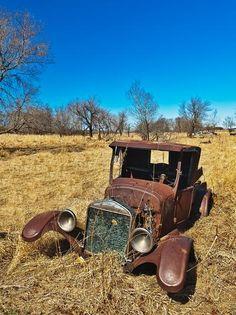 Vintage Trucks, Old Trucks, Pickup Trucks, Abandoned Cars, Abandoned Places, Abandoned Vehicles, Ford Classic Cars, Classic Trucks, Old Pickup